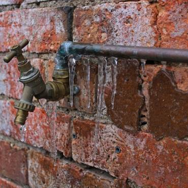 What to Do if Your Pipes Freeze